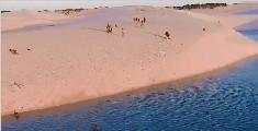 沙漠中可以游泳?巴西诡异沙漠,突然出现数千湖泊