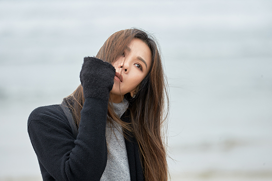 蔡健雅新碟热单《原谅》MV首播在即  爆发创作力