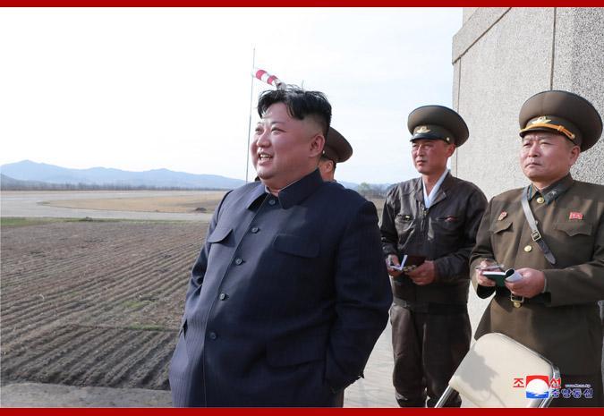 金正恩突击视察空军部队 朝鲜战斗机近景曝光(图)