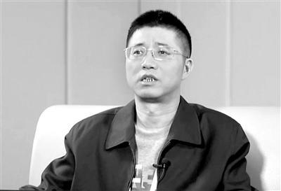 """县委书记收钱搞""""三收三不收"""" 自称是小偷式官员"""