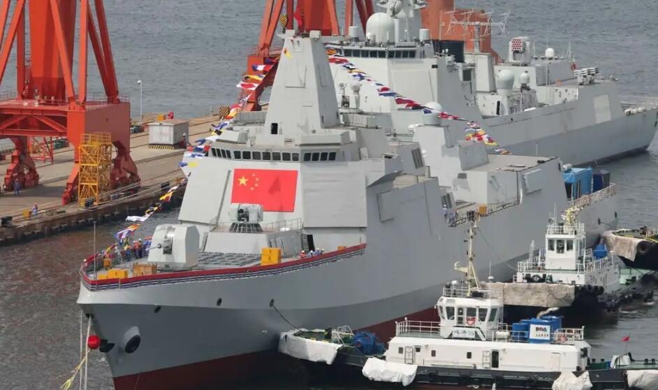 美媒对比中美万吨大驱:055舰作用与美舰有大不同
