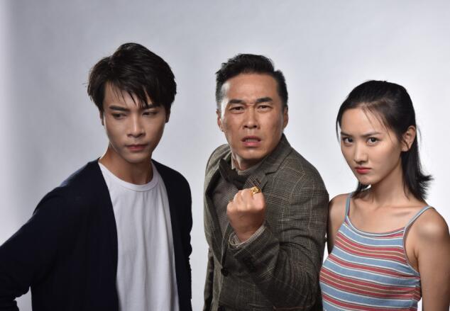《顺疯车2》定档4月25日 夺宝迷局即将上映