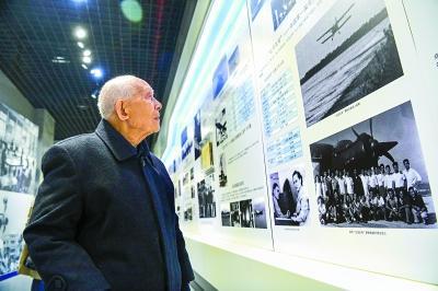 61年前,是他带领北航师生研制出中国首架无人机