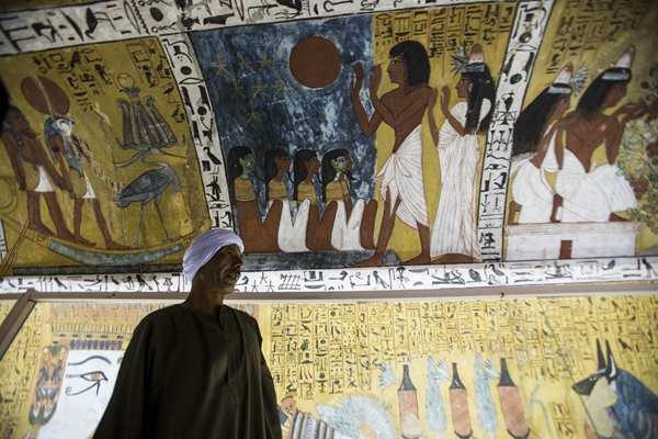 埃及新发现一座法老墓葬 可追溯至第十八王朝