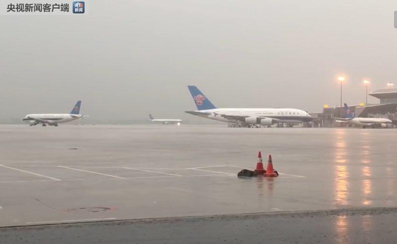 暴雨致广州市区各客运站停止售票 机场