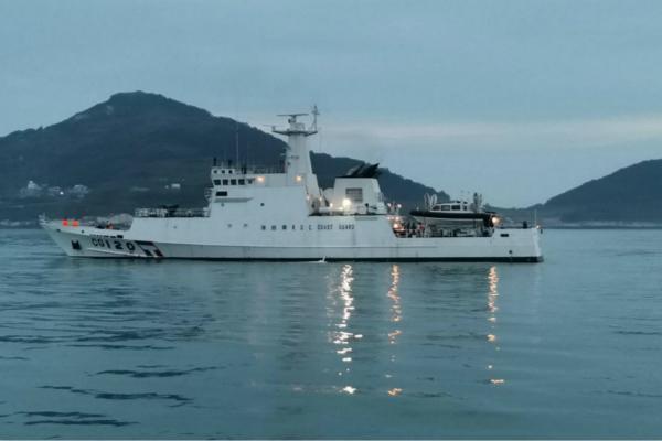 """台""""海巡队""""朝大陆渔船开枪 扬言强力阻止""""越界"""""""