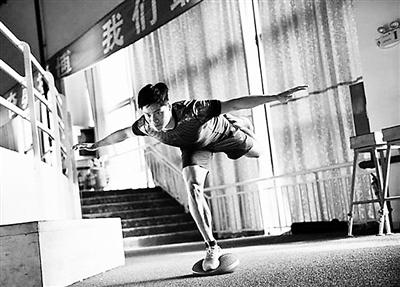 苏炳添腰肌受伤 放弃多哈田径亚洲锦标赛