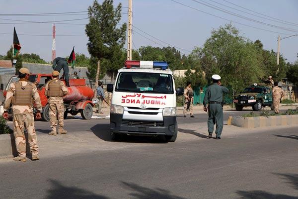 阿富汗国家安全局遭遇炸弹爆炸 3人死亡