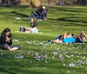 英国气温破七十年纪录