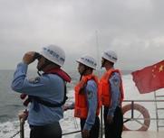 珠海两艘渔船翻沉