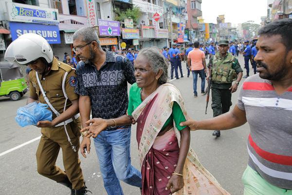 斯里兰卡产生多起爆炸 已致160人逝世亡