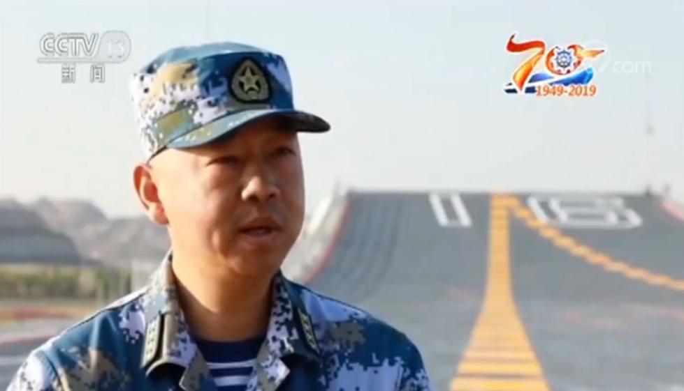 不只海军新任发言人,这些年轻的舰长、机长也是文武双全!