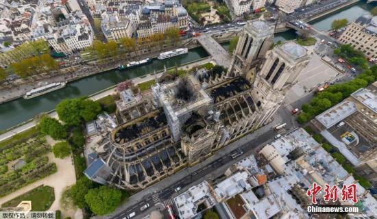 巴黎圣母院大火后巴黎再现大规模示威,并伴随暴力冲突
