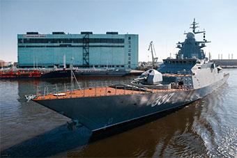 俄最新20385护卫舰首舰开始首航 甲板就生锈了