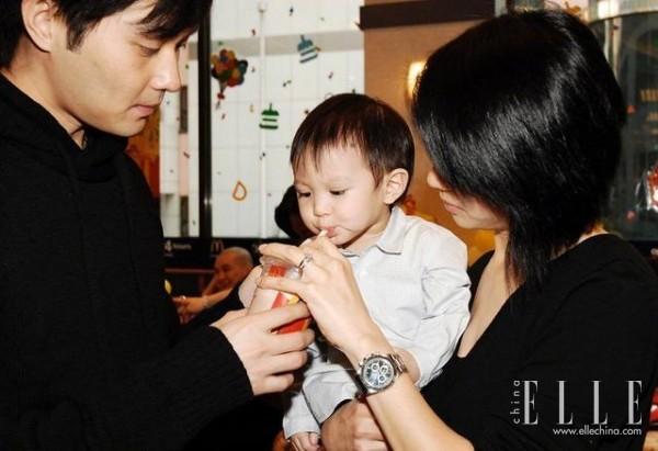 曾经不被看好的袁咏仪张智霖,怎么就成就了这个神仙家庭?