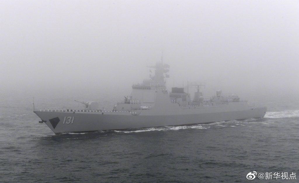 """中国海军""""神盾天团""""亮相阅兵 明星舰艇都齐了!"""