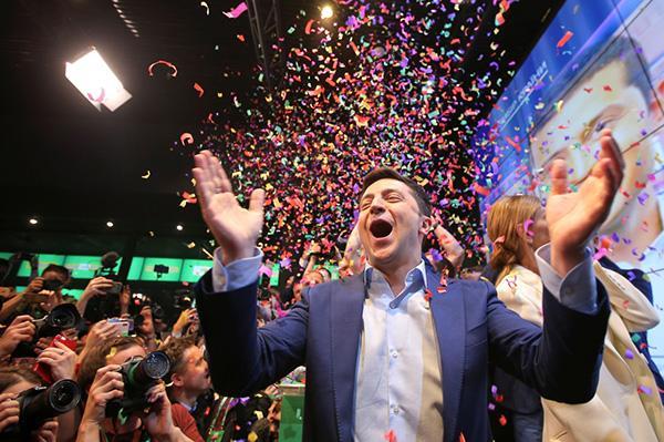 乌克兰新当选总统泽连斯基还没收到普京祝贺,克宫:为时尚早