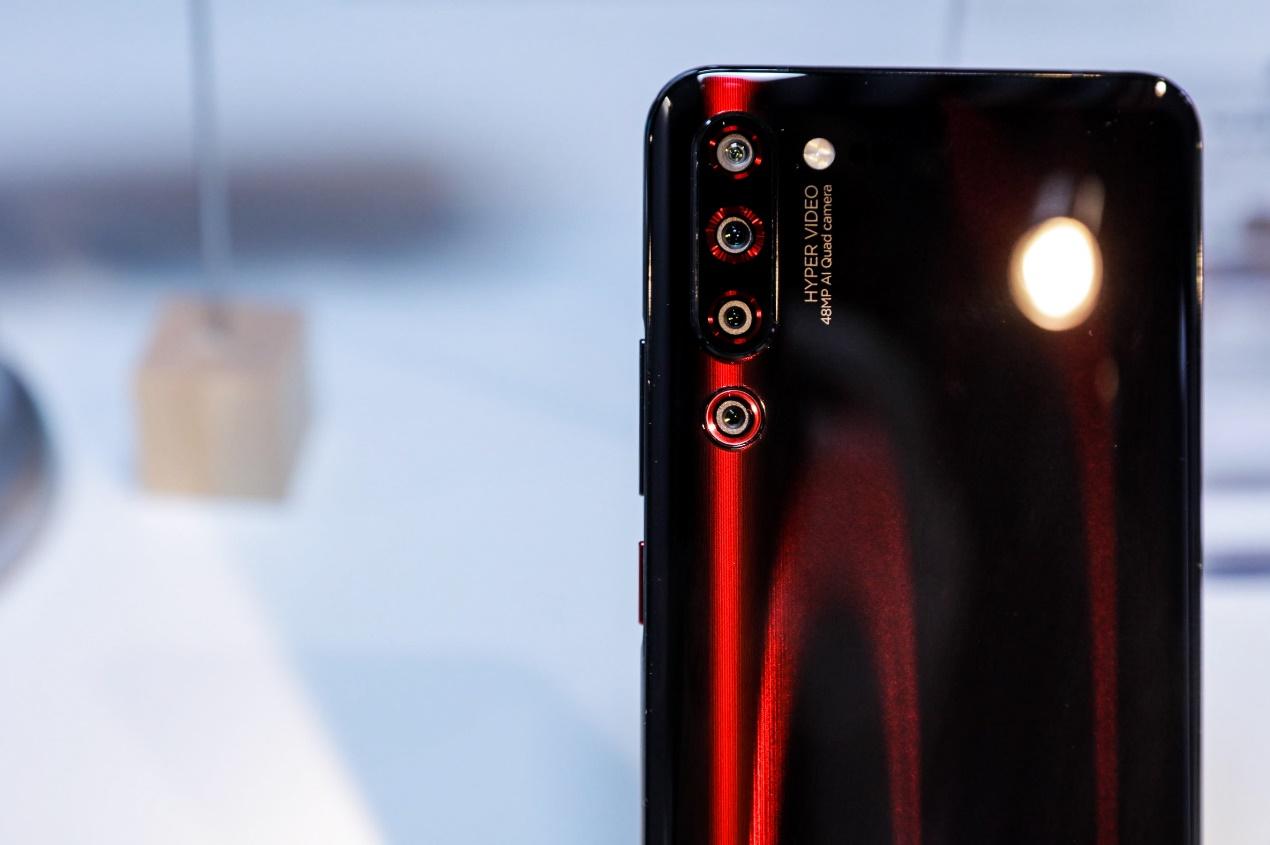 联想Z6 Pro发布:骁龙855+超级视频AI四摄,提供5G探索版