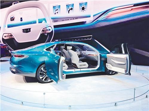 跨界技术加速融入新一代汽车产业  自主品牌集体奋力向上