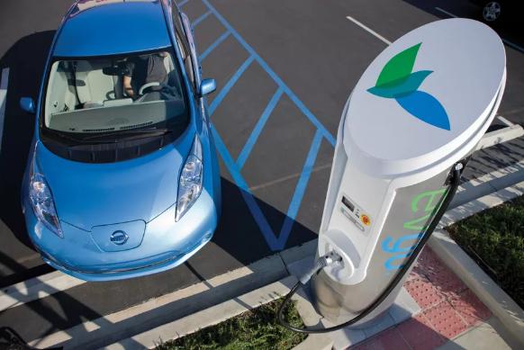 谷歌地图现可显示电动汽车充电站充电实时状态