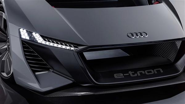 R8 V10发动机成绝唱 奥迪计划推出纯电动超跑