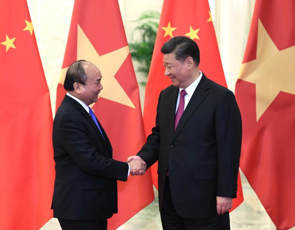 习近平会见越南政府总理