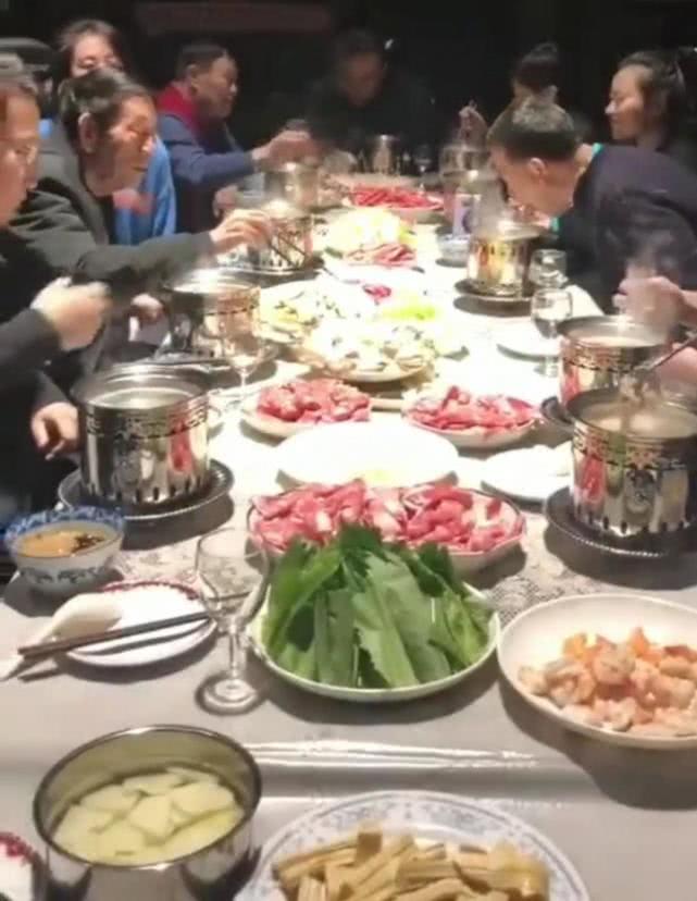 郭德纲师爷88岁仍能大吃大喝,看清他最爱吃的菜,网友不淡定!
