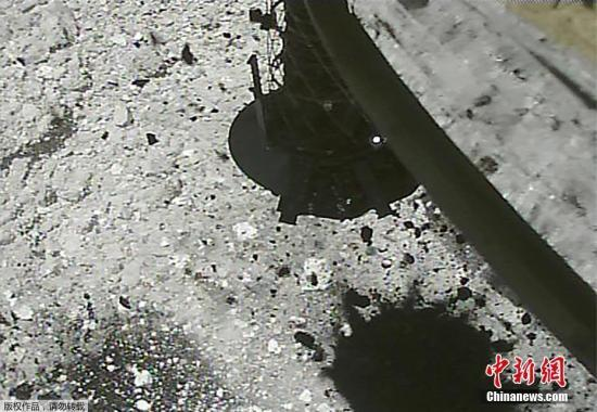 """日媒:""""隼鸟2号""""在小行星击出陨石坑,系全球首次"""