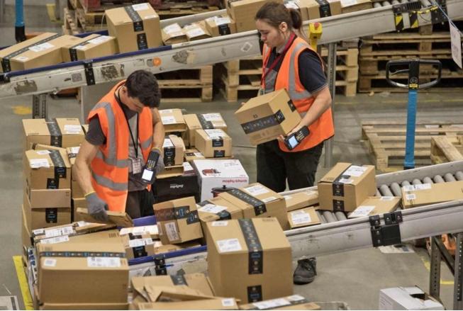 亚马逊正利用AI技术来解雇无效率的仓库员工