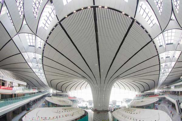 北京大兴国际机场内装进入尾声
