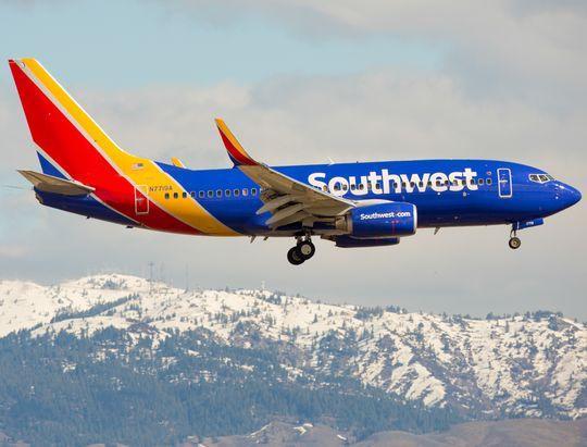 737Max最大运营商:狮航空难后才被告知飞机没安全装置