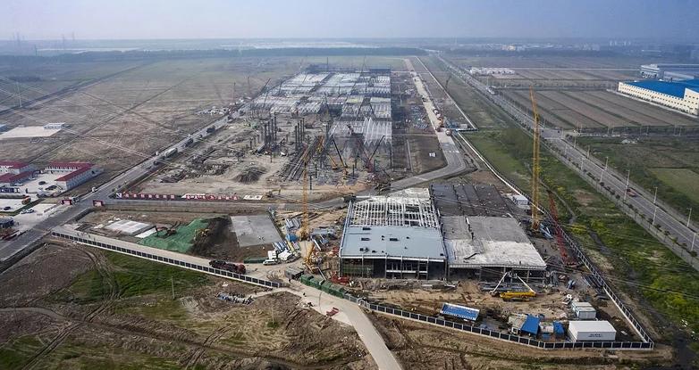 特斯拉上海超级工厂初具雏形 周产量目标2000辆