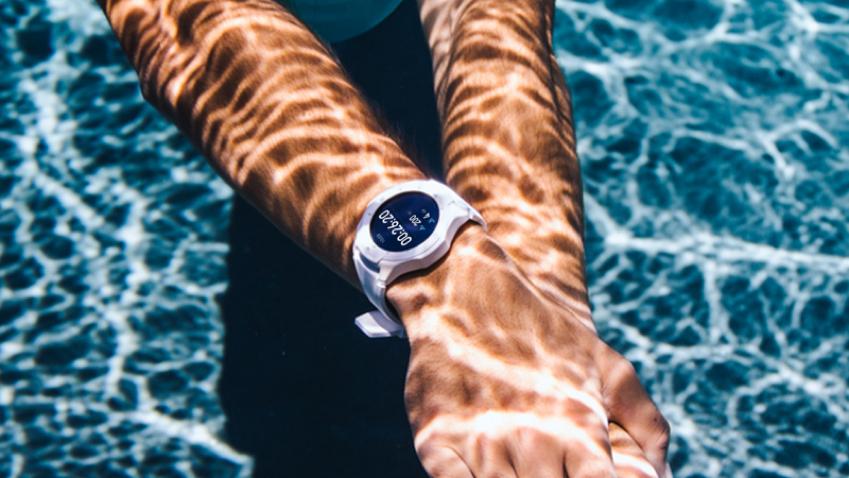 出门问问发布军规级运动智能手表TicWatch S2和E2