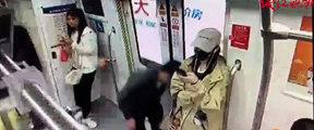 """杭州地铁""""偷拍族""""又出现了!"""