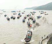 中国东海进入伏季休渔期