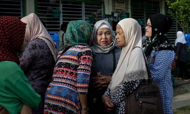 """菲律宾的一个城镇禁止""""流言蜚语""""。 市长:可以提高生活质量"""