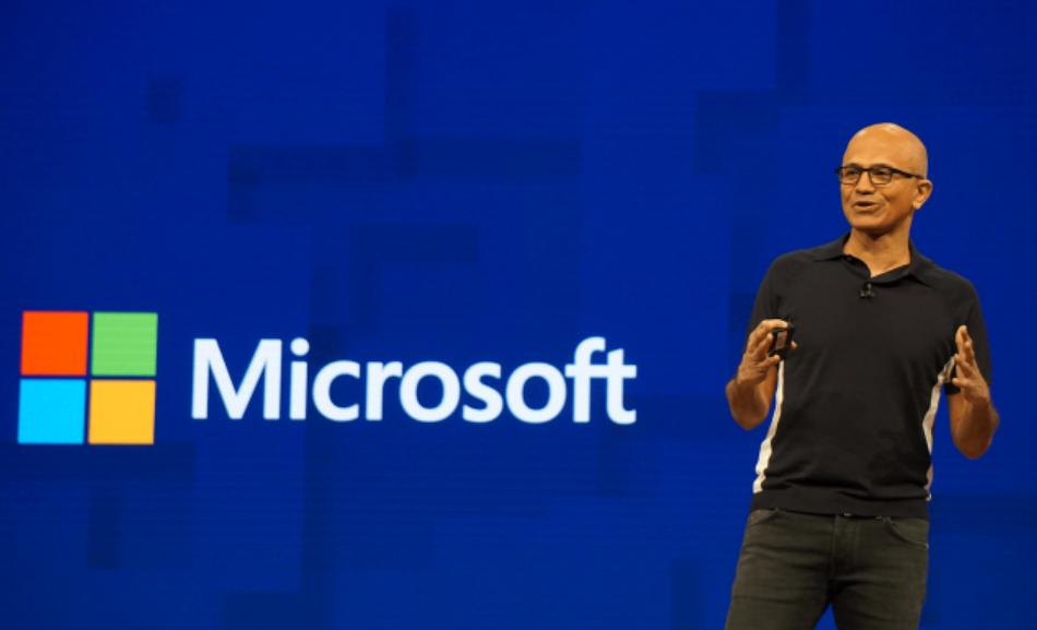 """纳德拉:微软突破1万亿美元的市值""""没有意义"""""""