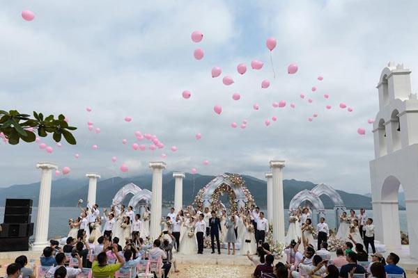 海南陵水:浪漫海岛见证美丽爱情