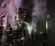 烧烤店开业第一天7人遇难