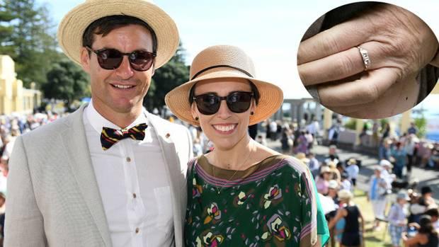 孩子将满1岁 新西兰女总理阿德恩宣布订婚