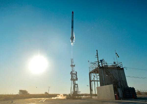 屡经失败和延期,日本民营航天企业今晨成功发射小型火箭