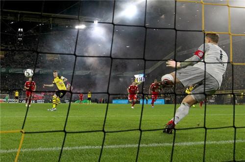 德甲记点球手球教练被罚款抱怨