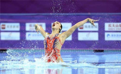 中国游泳队度过了第一天的系列夺金铜