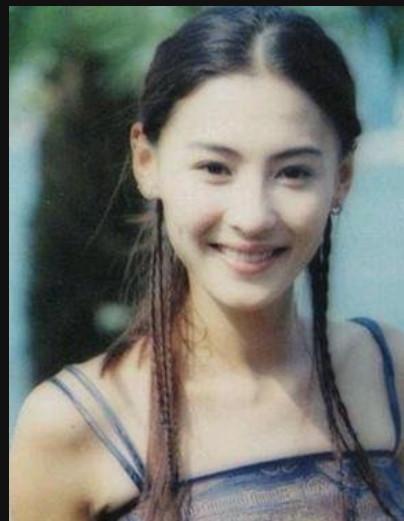 张柏芝拍摄时尚健康封面人物,出道21年仍青涩害羞,让人心动!