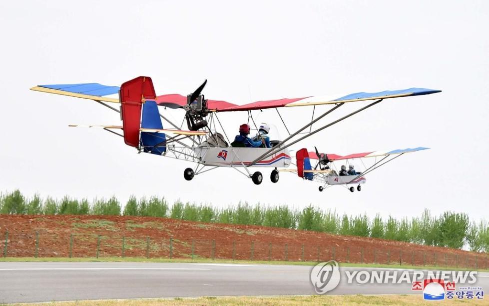 俯瞰平壤!朝鲜轻型飞机旅游火了 3000多人抢着坐
