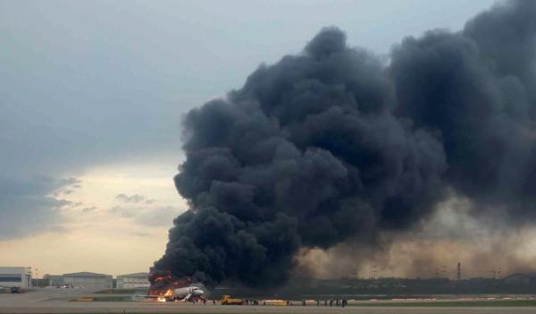 俄航事故已致41死包括2儿童,生还乘客:所有东西都在熔化