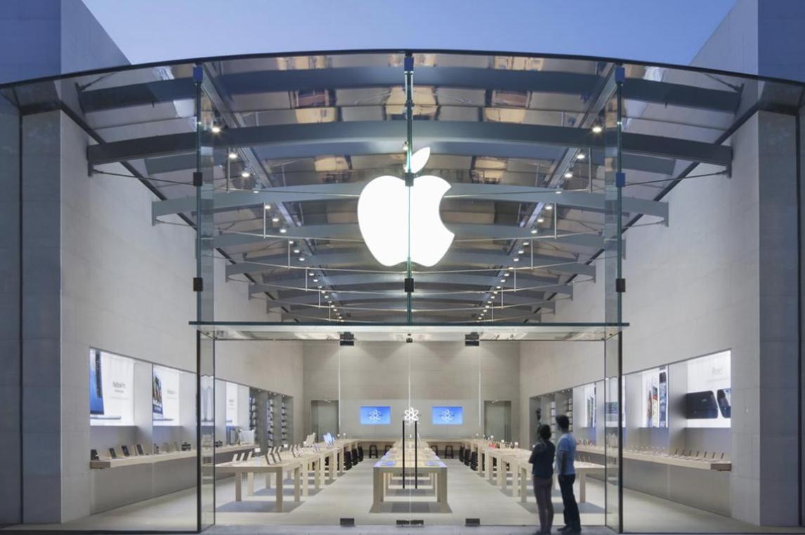 库克从Burberry挖角的CEO离职 她在苹果学到3件事