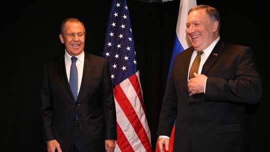 """蓬佩奥:与俄外长谈了美选举""""干涉""""问题,俄消息人士:"""