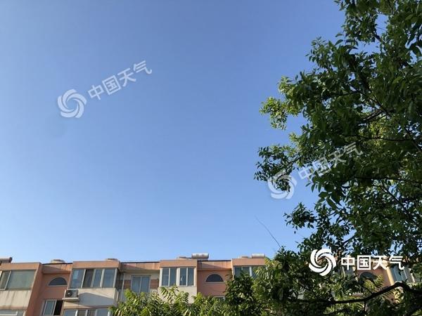 北京今日空气干燥多晴晒 是真的晒!