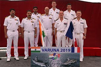 印法最大規模海上演習落幕 兩國航母全部參演